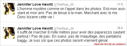 .07/08/12 : Jennifer Love Hewitt (si joyeuse de revoir ses amis les pap's) a été vue marchant avec son assistant..