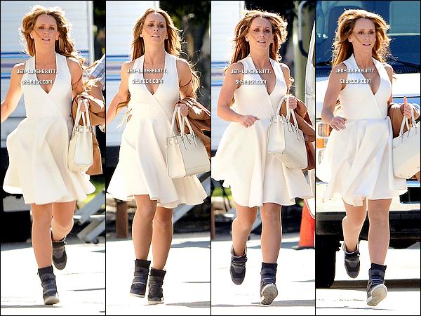 .31/01/13 : Jennifer Love Hewitt, plus que sublime, a été aperçue sur le tournage de la saison 2 de The Client List..