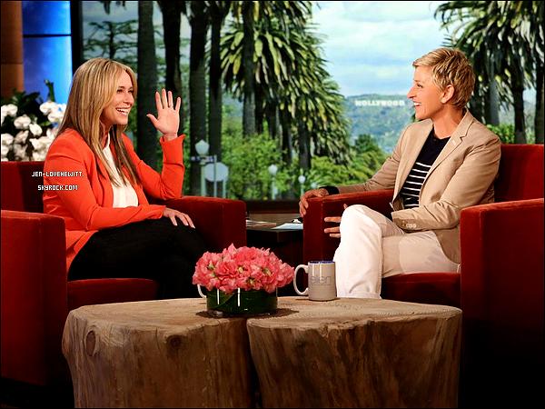 .01/04/14 : La belle été invité dans le célèbre talk-show « The Ellen Degeneres Show » en Californie. .