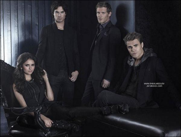 Une nouvelle photo promotionnelle de la saison 3 de TVD vient de faire son apparition.