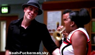 Puck et les filles de Glee