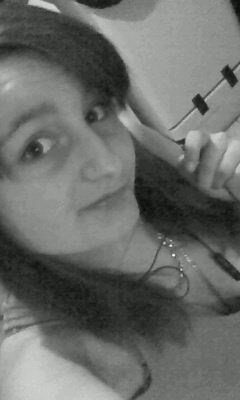 ♥(l)Hello sista, j'te demande pas ton numéro On t'as déjà dit que t'étais une beauté numérique Tu comprends l'ningala ? hum beauté ma chérie(l)