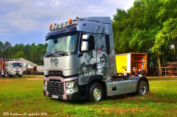 "Renault T ""The Blues Brothers"""