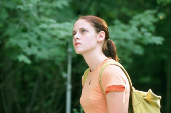 "Kristen Stewart dans ""Speak"" (Photos + Résumé)"