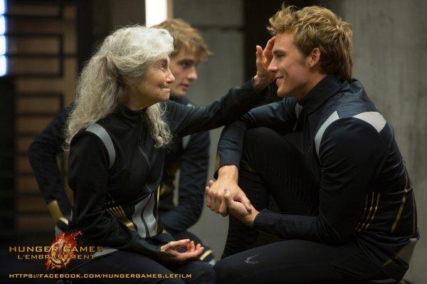 #Hungergames2Movie #LEmbrassement nouvelle photo de Mags et Finnick