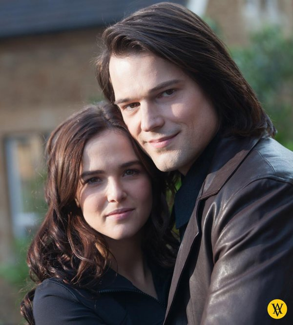 #VampireAcademy #EDIT ajout d'une photo de Zoey et Danila
