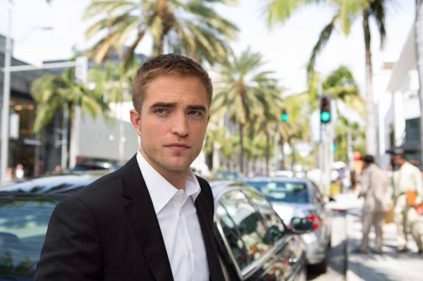 Maps To The Stars première photo officielle de Jerome (Rob)
