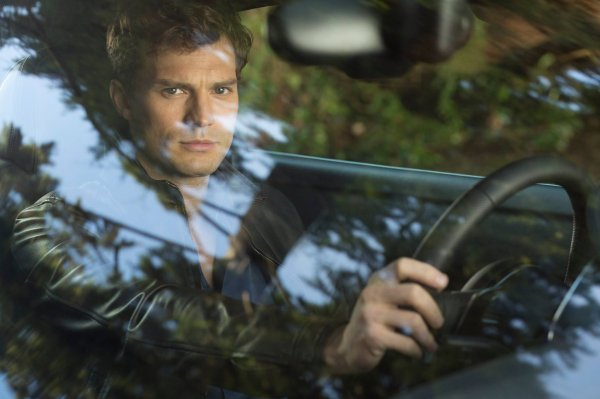#FiftyShadesOfGrey Happy Birthday Christian Grey (Première photo officielle !!)