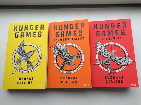 @pocket_jeunesse réédite la trilogie Hunger Games avec de nouvelles couleurs !