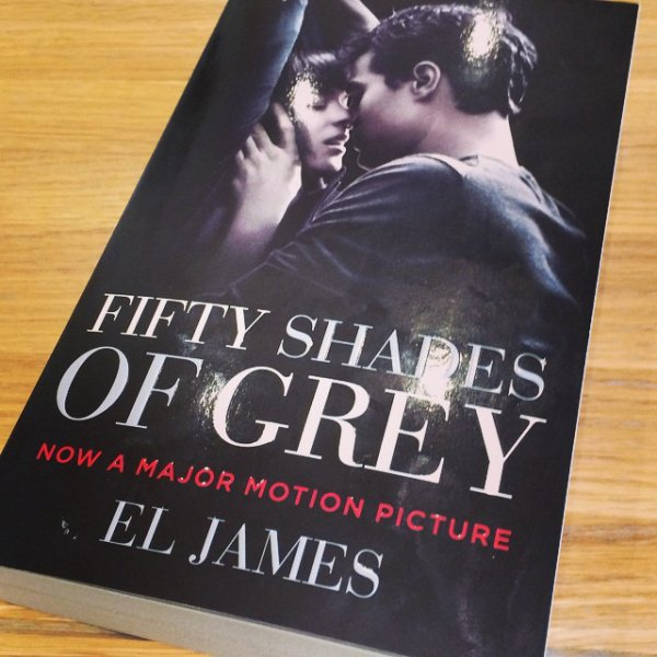 Voici la réédition de #FiftyShadesOfGrey pour les USA