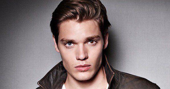 #NEWS #Shadowhunters Dominic Sherwood incarnera Jace !