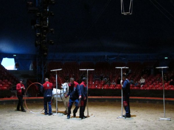 REPETITIONS AU CIRQUE KNIE