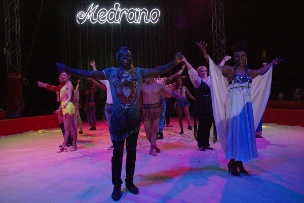 CIRQUE MEDRANO : KING-KONG 34