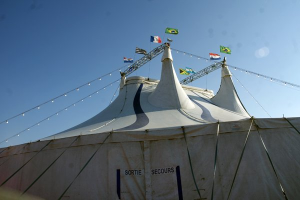 LE CIRQUE DE SAINT PETERSBOURG (02)