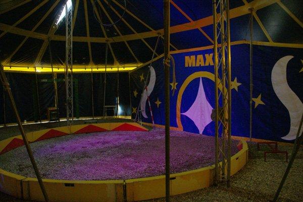 CIRQUE MAXI : LE SPECTACLE 01