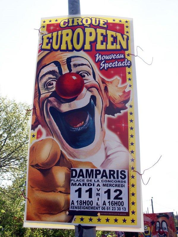 CIRQUE EUROPÉEN À DAMPARIS (JURA)-02