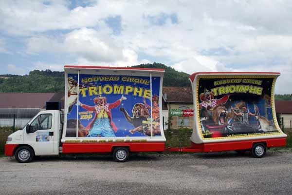 CIRQUE TRIOMPHE