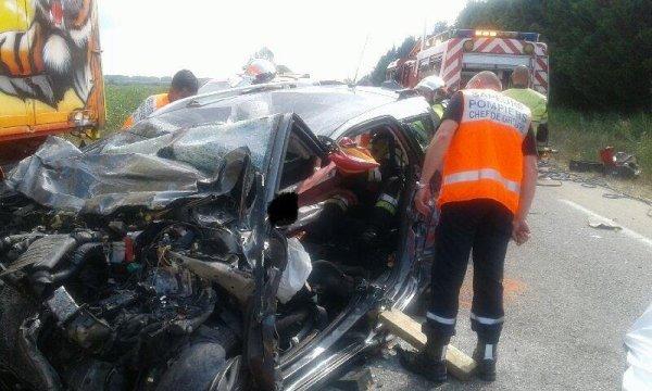 GRAVE ACCIDENT AVEC UN CAMION DE CIRQUE