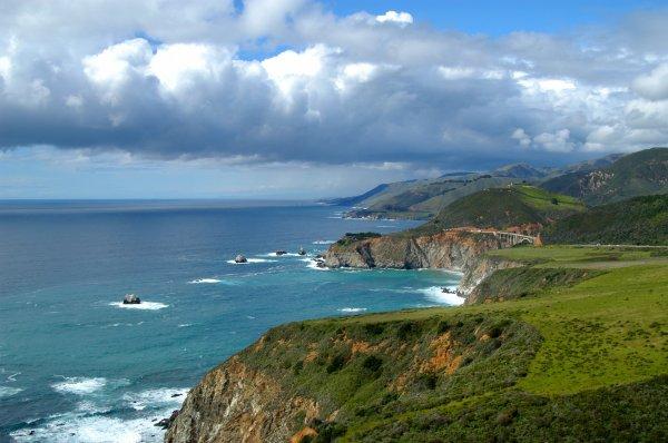 La mer est sans routes, la mer est sans éxplications