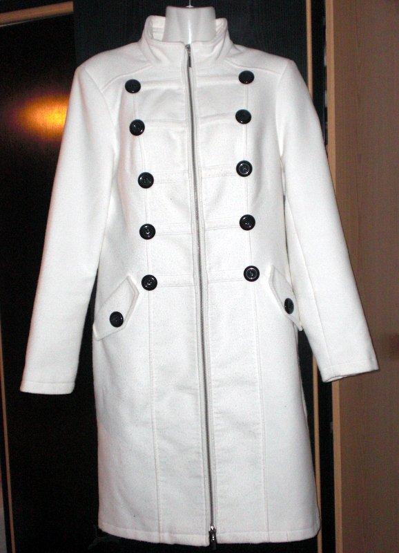 manteau long style officier blanc comme neuf taille 38 40. Black Bedroom Furniture Sets. Home Design Ideas