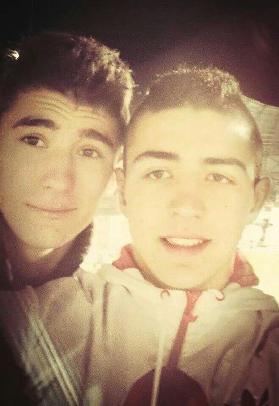 Mon frère et moi :3