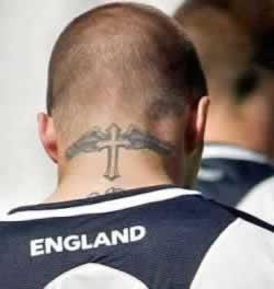 Croix A Ailes Le Monde Merveilleux Des Tatouages