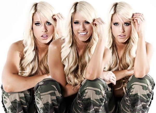 Kelly Kelly ♥
