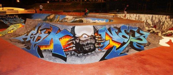 Graff Futurcrew-Roko/Konix & Eko. Skate parc de St Denis.