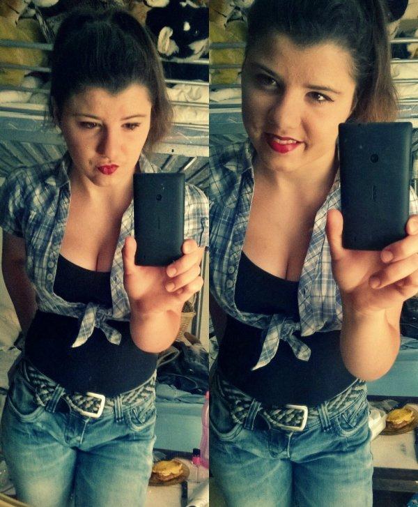 Hello *-*