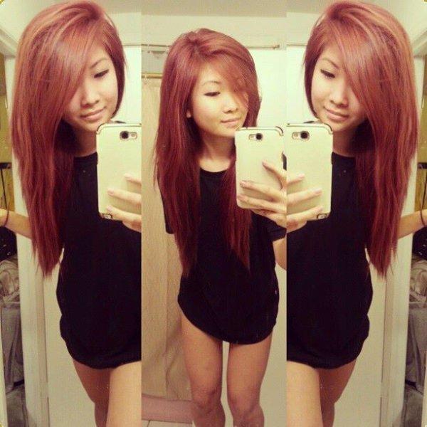 j'adore la couleur de ses cheveux *.*