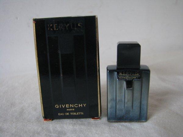 Givenchy Keruys