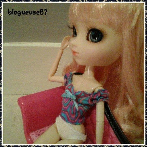 Alice en mode Top Model ( je trouve XD )