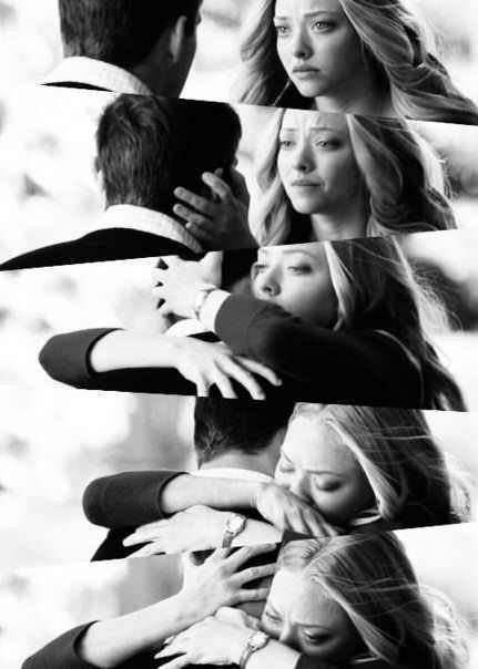 Je pensais que l'amour c'était de vouloir un bonheur commun. C'était, que toi et moi, on soit heureux ensemble. Mais je me trompais. L'amour c'est de vouloir le bonheur de l'autre, même si celui ci, ne fait en aucune façon le notre.