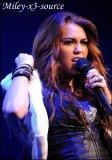 Photo de Miley-x3-source
