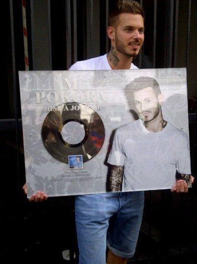 L'album Mise à Jour est disque de platine avec plus de 100 000 albums vendus :) Matt Pokora obtient un disque de platine, FECILITATION ♥