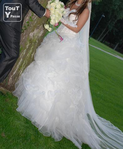 tro bell robe de mariè de tati  le moin chère !!!!