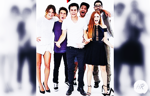 Photoshoot - Nouvelle photo pour Entertainment Weekly du cast lors de Comic-Con 2014 à San Diego.