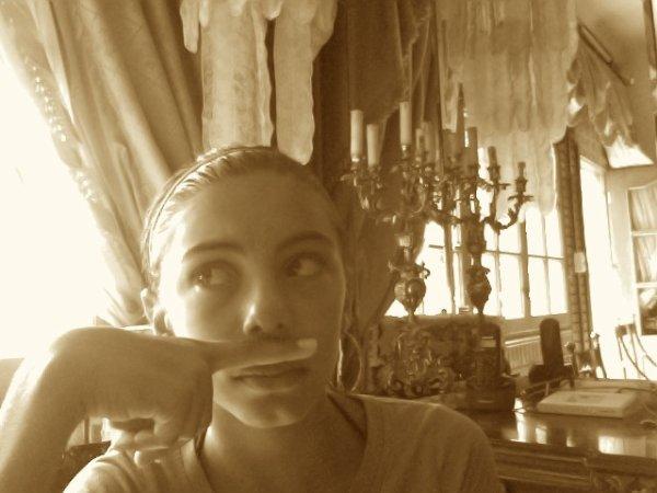 moustachu