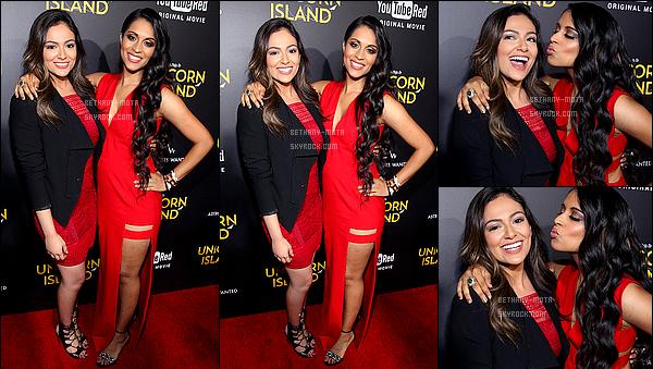 . 10/02/16- Bethany s'est rendue à l'AP du film de la jeune youtubeuse Lilly Singh à - Los Angeles (CA) (+) Côté Look:. Je trouve que Bethany est vraiment sublime, j'aime beaucoup sa robe rouge, de plus elle était assez souriante, c'est un gros TOP! .