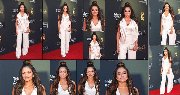 . 24/05/17 - Bethany N Mota lors de la cérémonie des College Television Awards- in Los Angeles (Cali). (+)Côté Look:. C'est une fois de plus un top pour la jeune youtubeuse, j'aime vraiment beaucoup le look pour lequel elle a opté lors de cette soirée. .