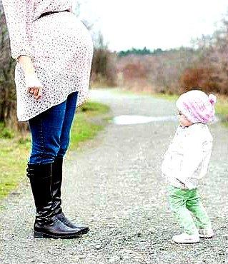 ♥♥Un corps humain peut supporter jusqu'à 45 del(unité) de douleur . Pourtant , au moment de l'accouchement une mère ressent jusqu'à 57 del(unité) de douleur . Ce qui correspond à 20 fractures osseuses en même temps .   Pouvons-nous imaginer la douleur et l'amour d'une mère ?♥♥