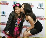 Demi lovato avec sa petite soeur sur le podiume !