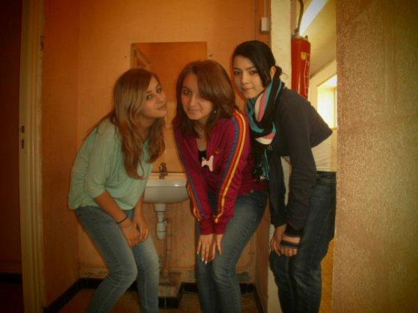 Les véritables amis sont dures à trouver, difficiles à quitter et impossible à oublier.