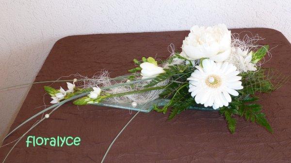 Petit centre de table compositions florales - Petit centre de table ...