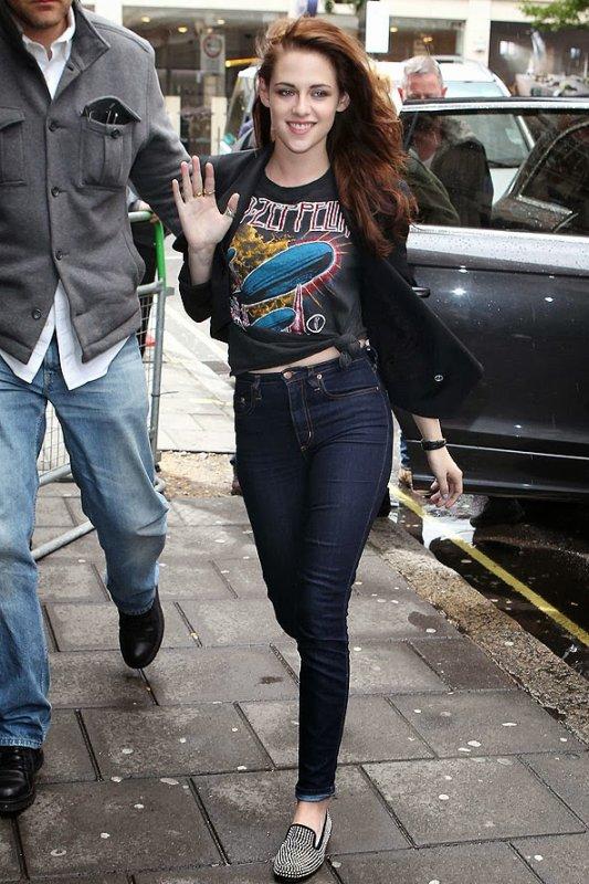 """Kristen Stewart : Une des icônes du style """"garçon-manqué"""" selon Glamour Magazine"""