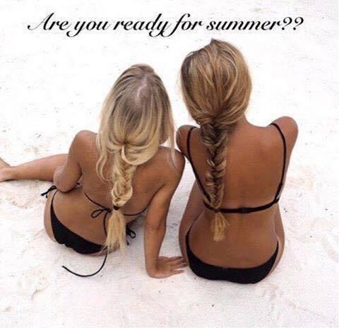 Allez direction les vacances pas encore bronzée ? :)