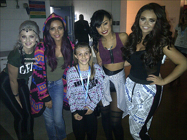 . Le 6 octobre 2012 ~ Les Little Mix étaient au  Big Gig 2012 à Sheffield..