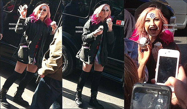 . Le 18 mars 2013 ~ Les Little Mix étaient au Hard Rock Café à Boston..