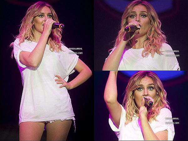 Le 4 octobre 2014 ~ Les Little Mix étaient au Grilguiding Big Gig à Londres.