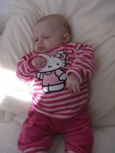 Kaylia dans son 2ème mois ...